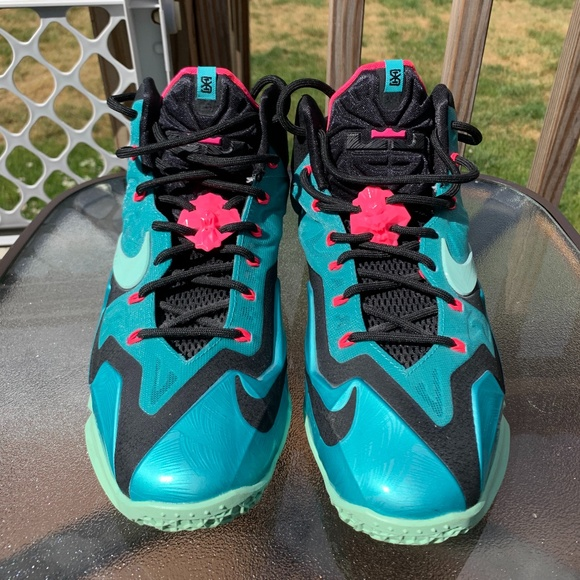 Nike Shoes | Lebron 11s South Beach